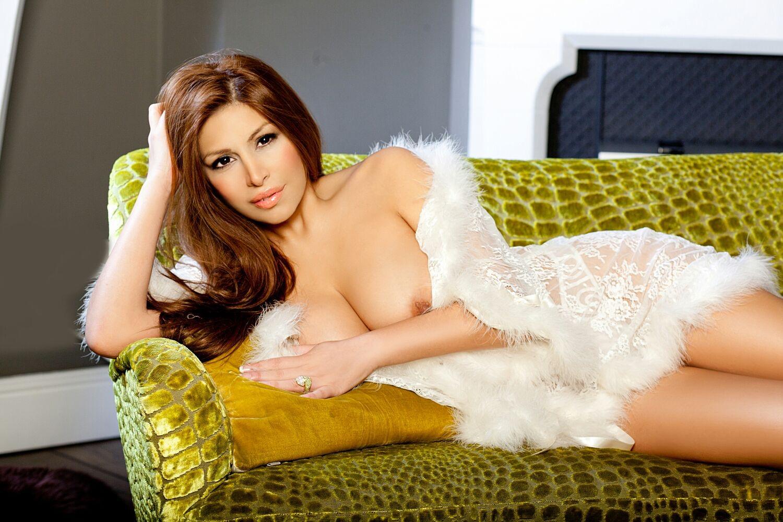 Veronica Rose Topmodel